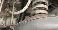 奔驰c级(进口),车想换个减震价格不要太高有吗咨询奔驰C260
