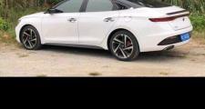 马上提菲斯塔280运动版了,可是不知道那个颜色好看一点,白色,银灰色.还是什么,说说真心喜欢的颜色给我个建议好嘛