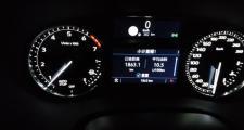 凯迪拉克xt5,我这个转速正常吗,空档停车,XT528豪